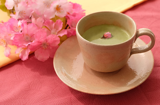桜抹茶ラテ